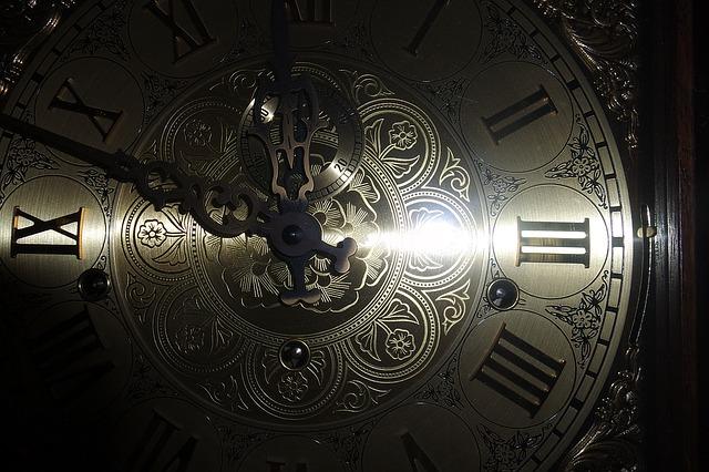 clock-face-1082319_640